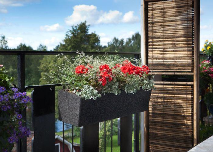 Termoruukku Balcony musta
