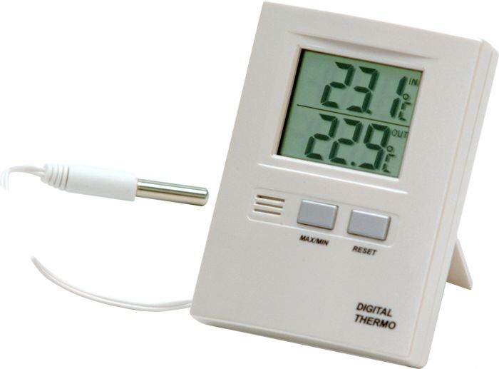 Digitaalinen lämpömittari muistilla 210
