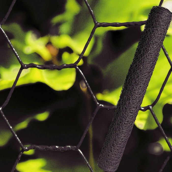 Kuuskulmaverkkoaita 0,75 x 10 m musta muovitettu