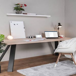 Rakenna työpöytä tai hylly